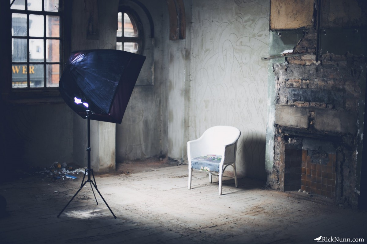 Dainty & Derelict - Setup Shot Photographed by Rick Nunn